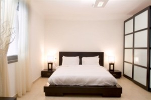 8-japanese-shoji-interior-design-for-contemporary-bedroom[1]