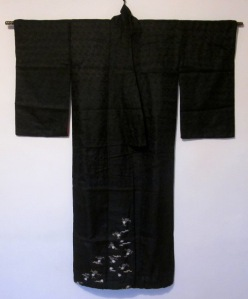 silk-with-yuzen-flowers-front-img_87982[1]